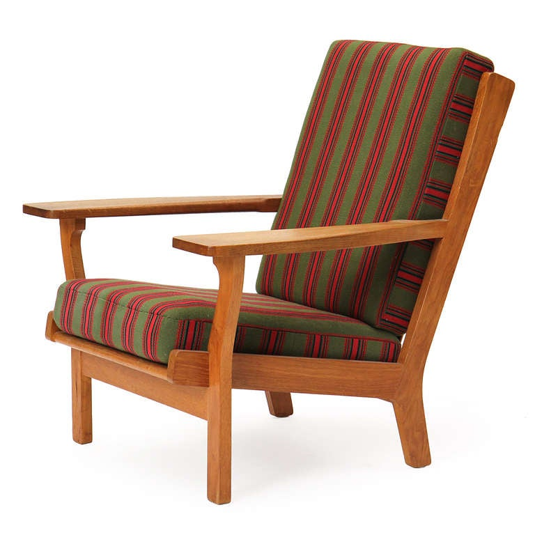 Wide-Arm Easy Chair by Hans Wegner 3