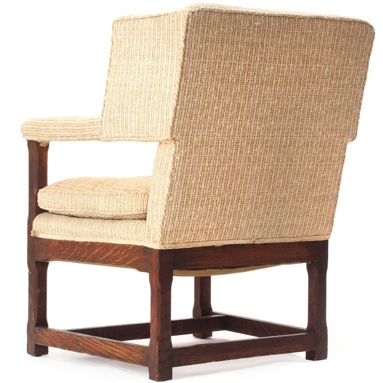 1920s American Arts & Crafts Upholstered Oak Wingback Chair In Good Condition For Sale In Sagaponack, NY