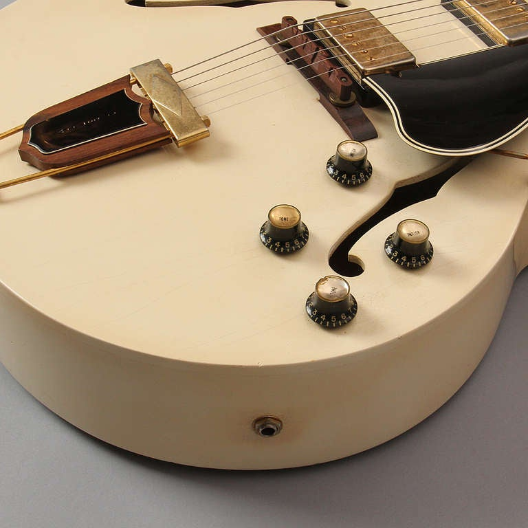Ivory Lacquer, 1966 Gibson ES-175 Arch Top Guitar 3