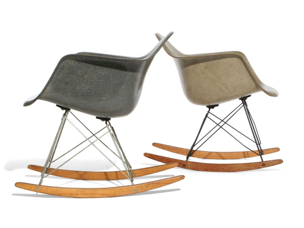 zenith shell rocking chair rare by charles and ray eames at 1stdibs. Black Bedroom Furniture Sets. Home Design Ideas