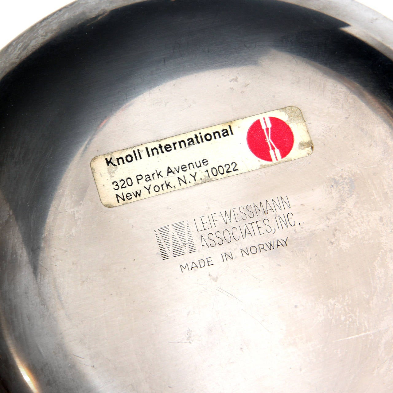 Norwegian Enameled Steel Bowl In Good Condition For Sale In New York, NY