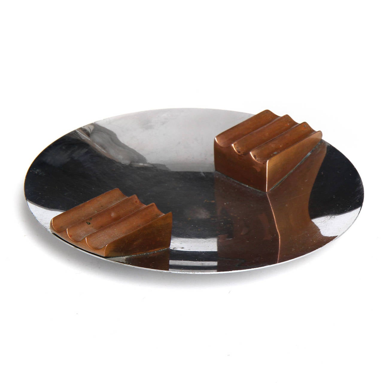 Modernist Ashtray By Leslie Beaton At 1stdibs