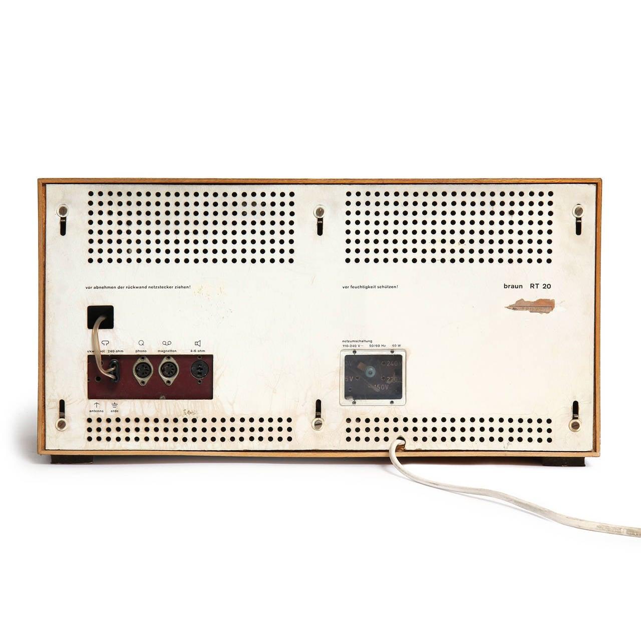 Beech Desk Radio by Dieter Rams