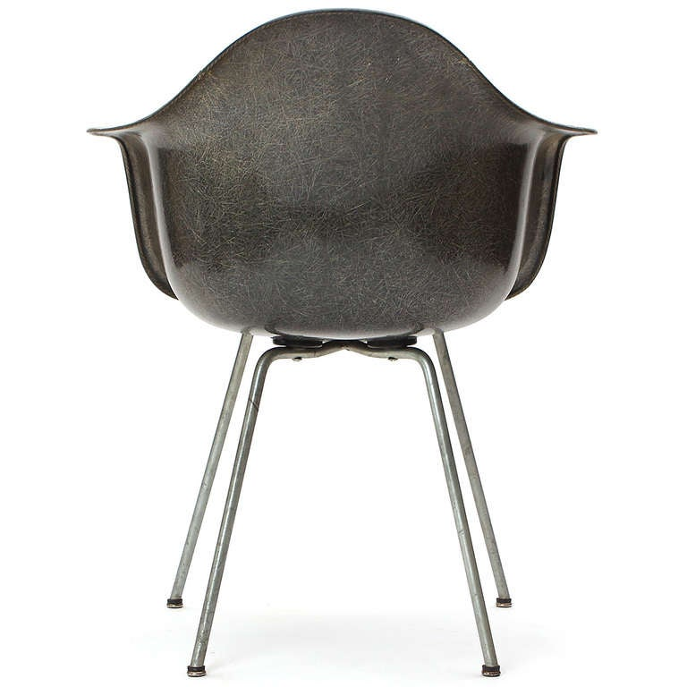DAX Armchair by Charles & Ray Eames In Good Condition For Sale In Sagaponack, NY