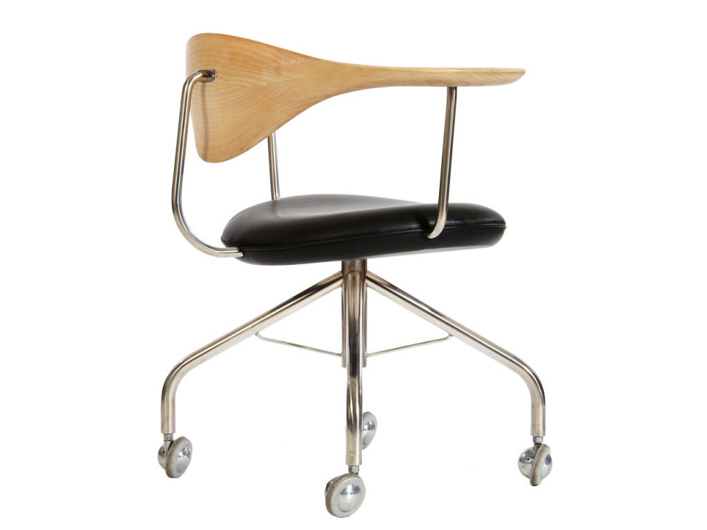 Swivel Chair By Hans Wegner At 1stdibs