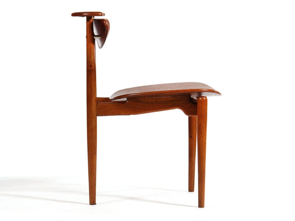 Reading chair by finn juhl for sale at 1stdibs for Oversized reading chair for sale