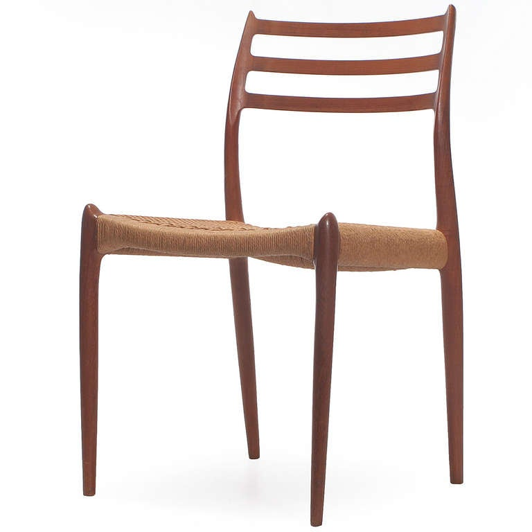 Scandinavian Modern Set of 10 Side Chairs by Niels Moller For Sale