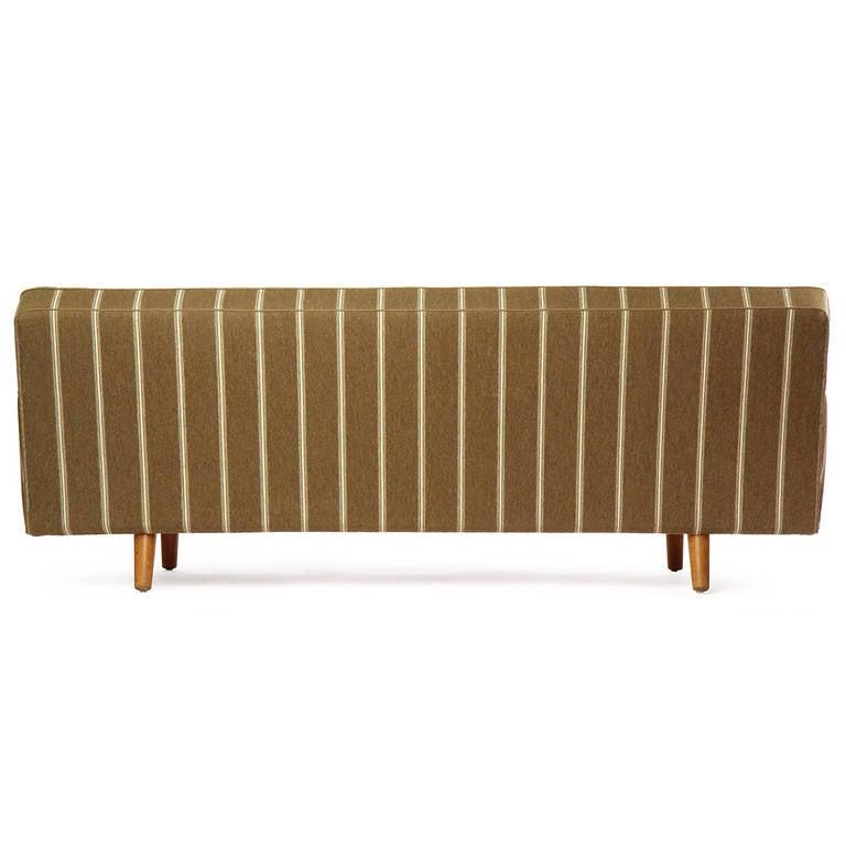 Sofa by Hans J. Wegner 6