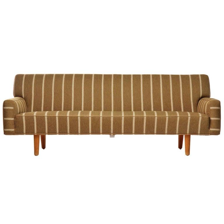 Sofa by Hans J. Wegner 1