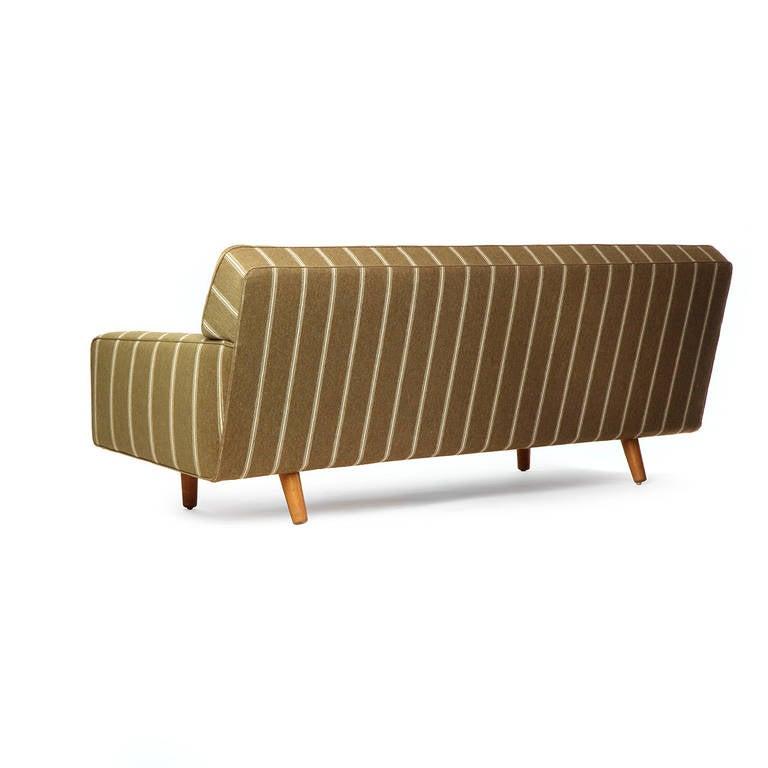 Sofa by Hans J. Wegner 5