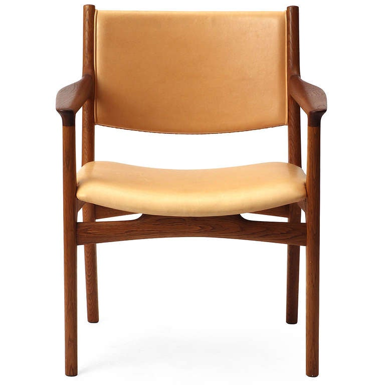 Pair of Armchairs by Hans Wegner In Excellent Condition For Sale In New York, NY