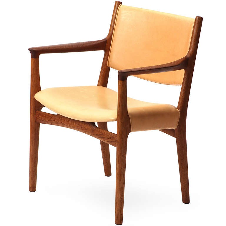 Mid-20th Century Pair of Armchairs by Hans Wegner For Sale