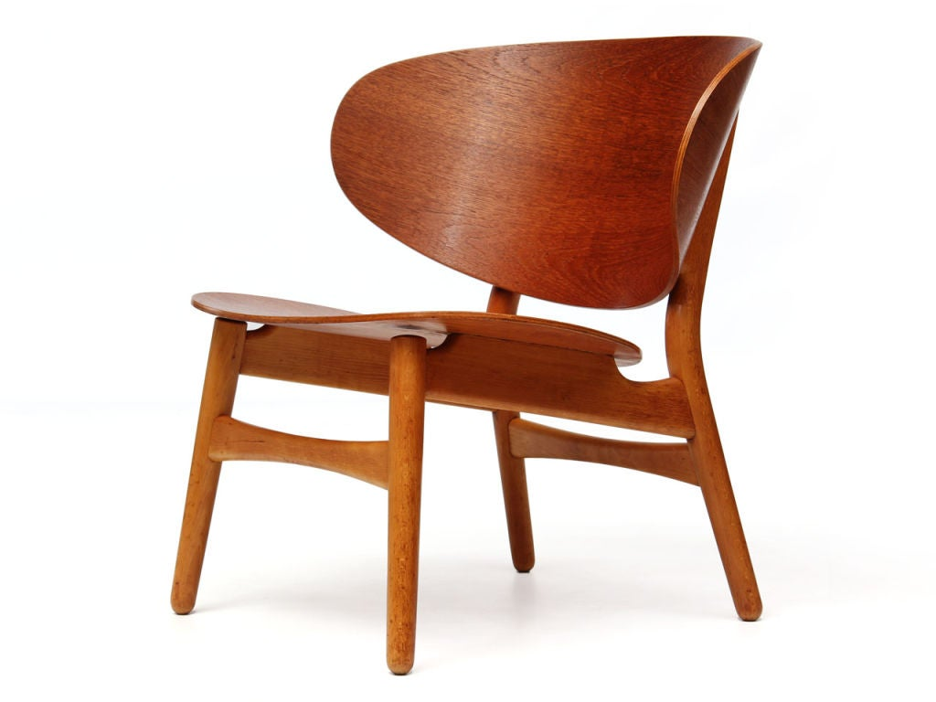 the shell chair by hans j wegner for sale at 1stdibs. Black Bedroom Furniture Sets. Home Design Ideas