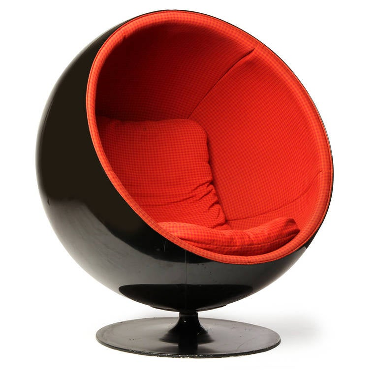 Ball Chair by Eero Aarnio 2