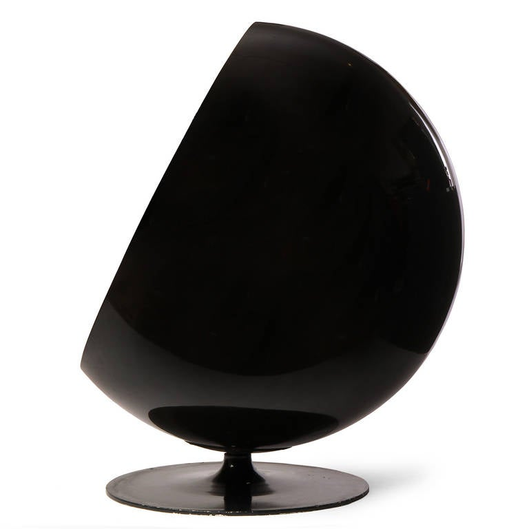 Ball Chair by Eero Aarnio 5