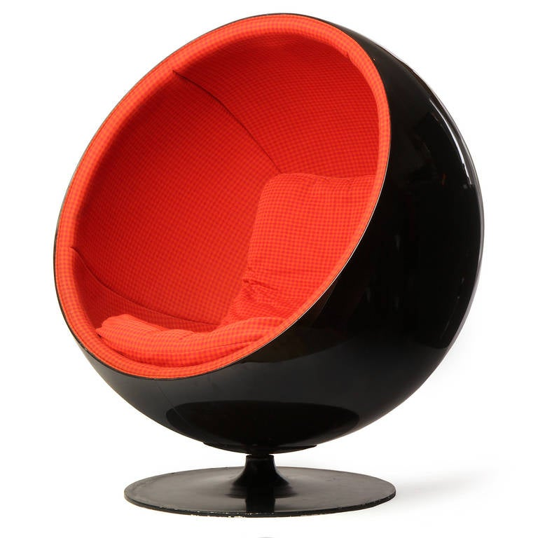 Ball Chair by Eero Aarnio 4