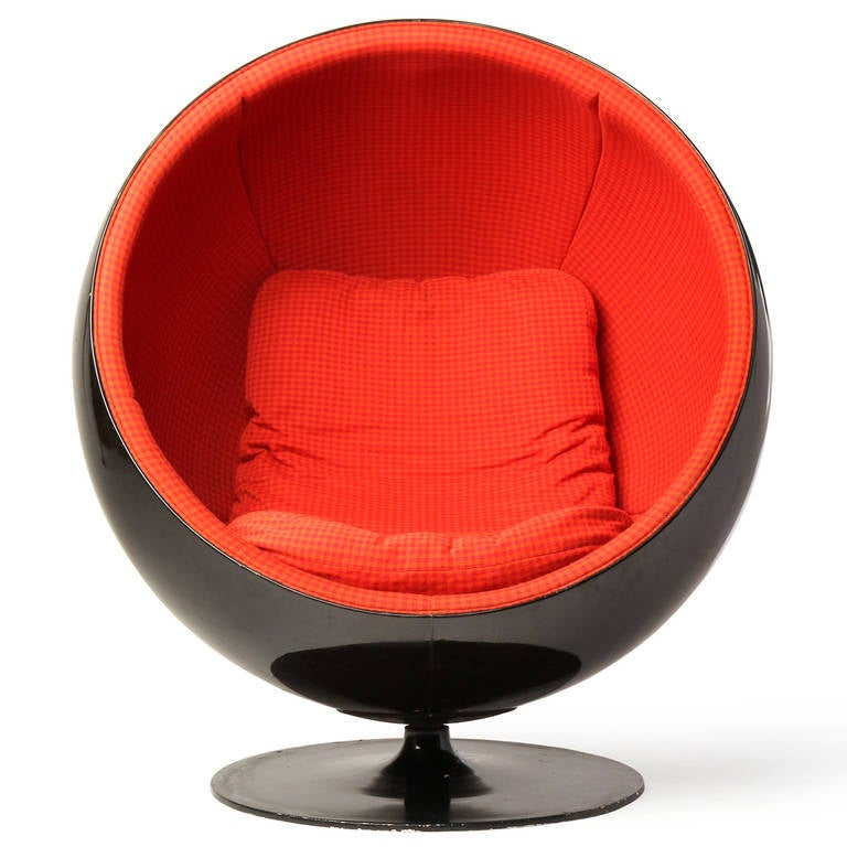 Ball Chair by Eero Aarnio 3