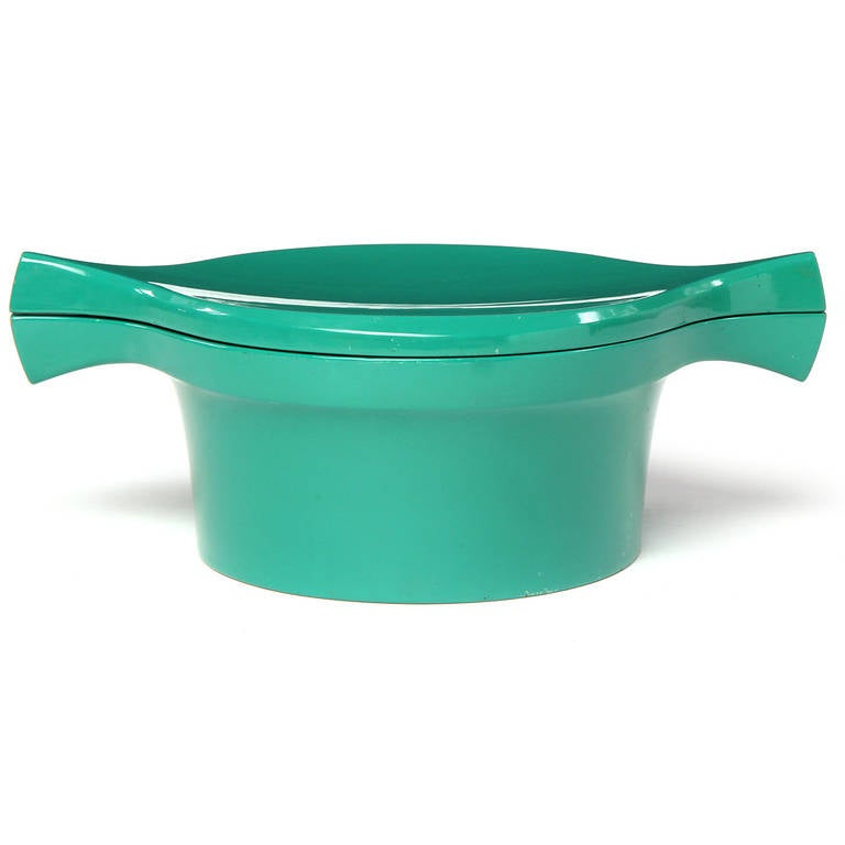 Scandinavian Modern Ice Bucket Covered in a Vibrant Green Lacquer by Jens Quistgaard For Sale