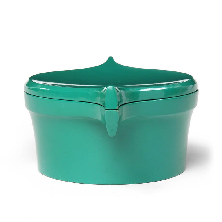 Ice Bucket Covered in a Vibrant Green Lacquer by Jens Quistgaard In Good Condition For Sale In New York, NY
