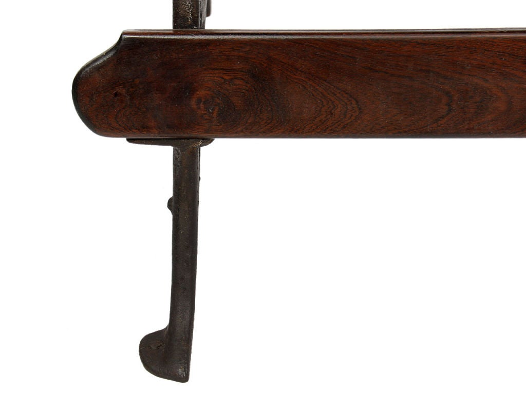 Cast Iron Freestanding Counter In Good Condition For Sale In New York, NY