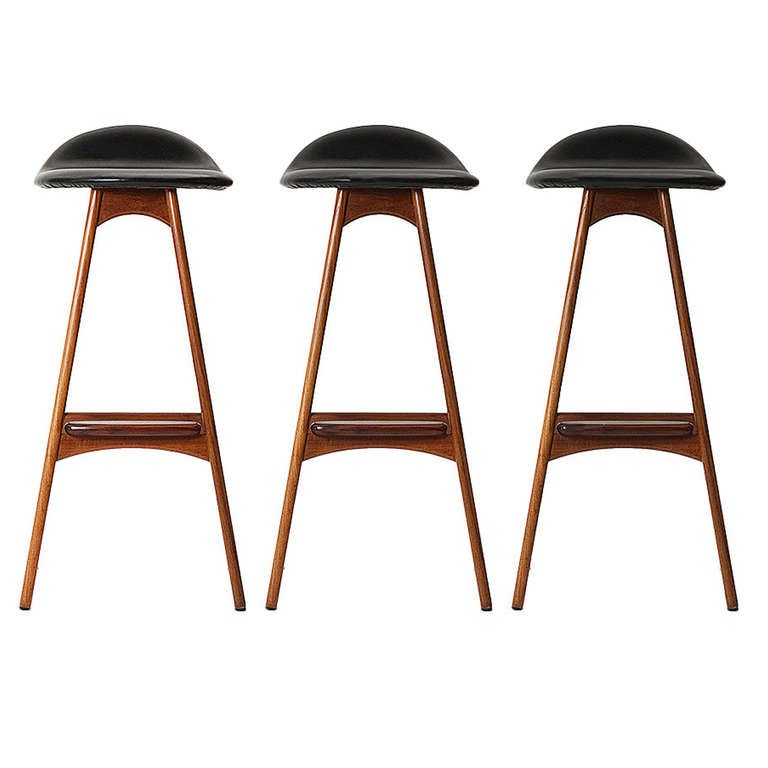 Stools by erik buch for sale at 1stdibs - Erik buch bar stool ...