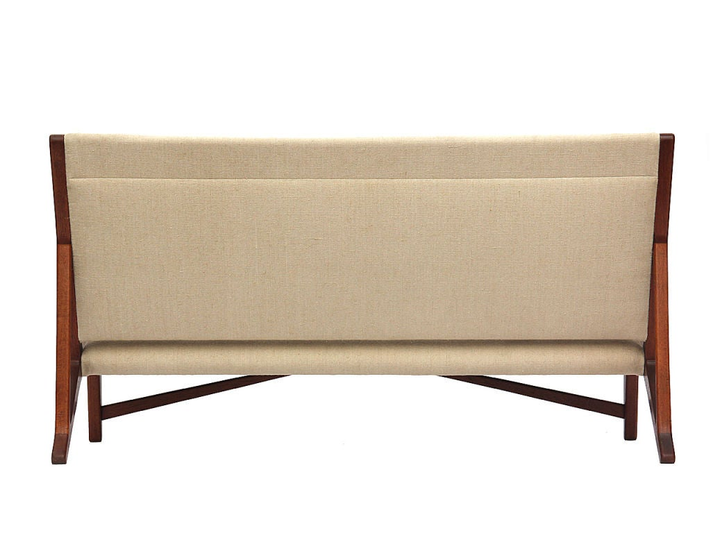 teak and linen settee by Hans Wegner image 6