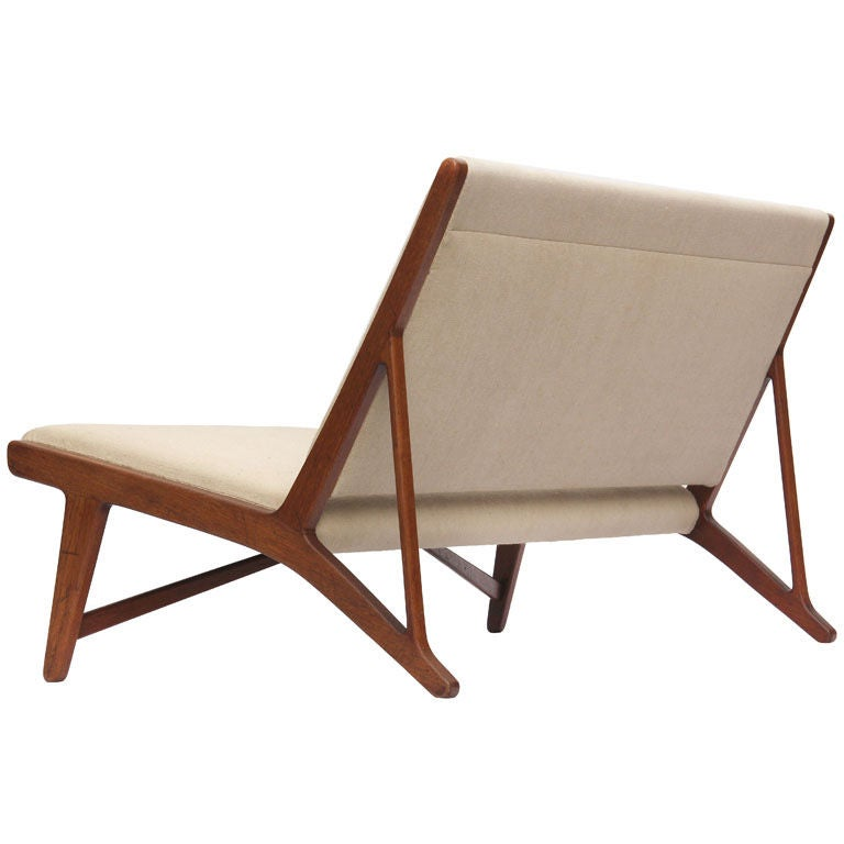 teak and linen settee by Hans Wegner