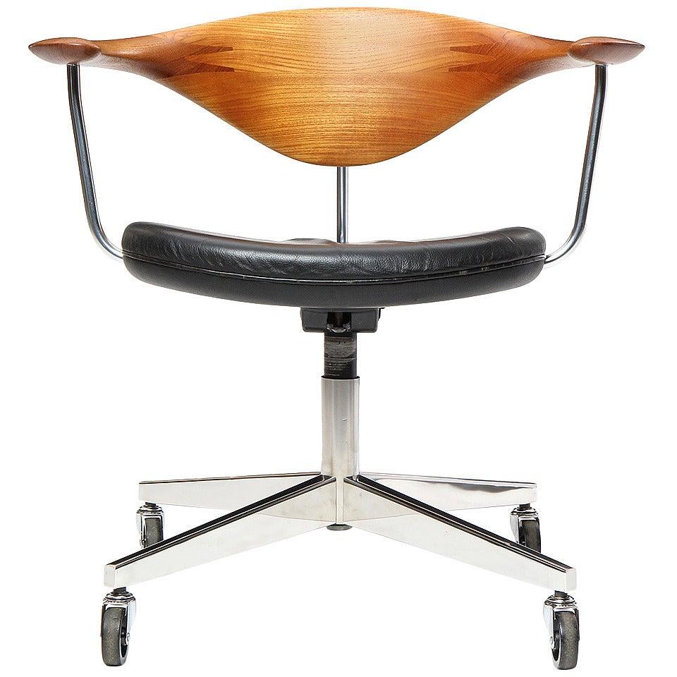 Swivel Chair by Hans J. Wegner