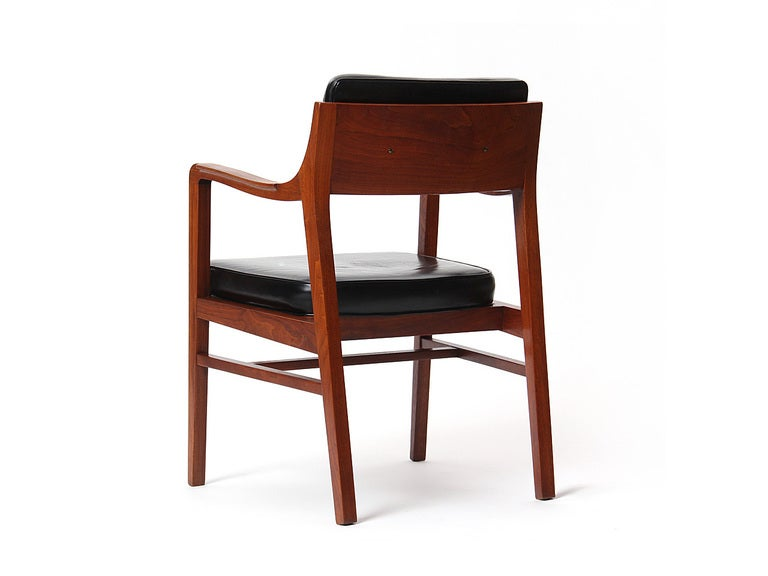 Teak Dining Chair by Edward Wormley for Dunbar In Good Condition For Sale In New York, NY