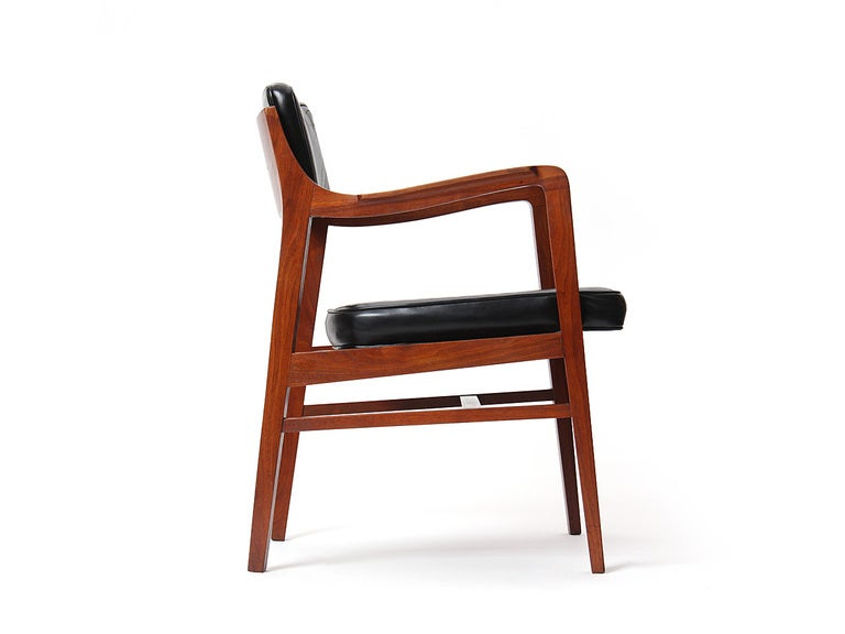 Teak Dining Chair by Edward Wormley for Dunbar For Sale 2