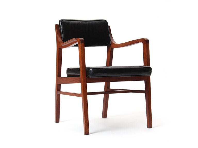 Teak Dining Chair by Edward Wormley for Dunbar For Sale 3