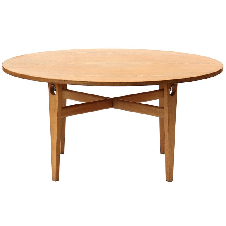 Round Dining Table by Hans J. Wegner For Sale