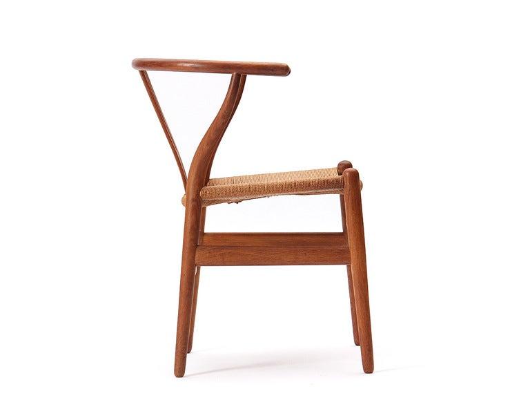 vintage wishbone chairs at 1stdibs. Black Bedroom Furniture Sets. Home Design Ideas