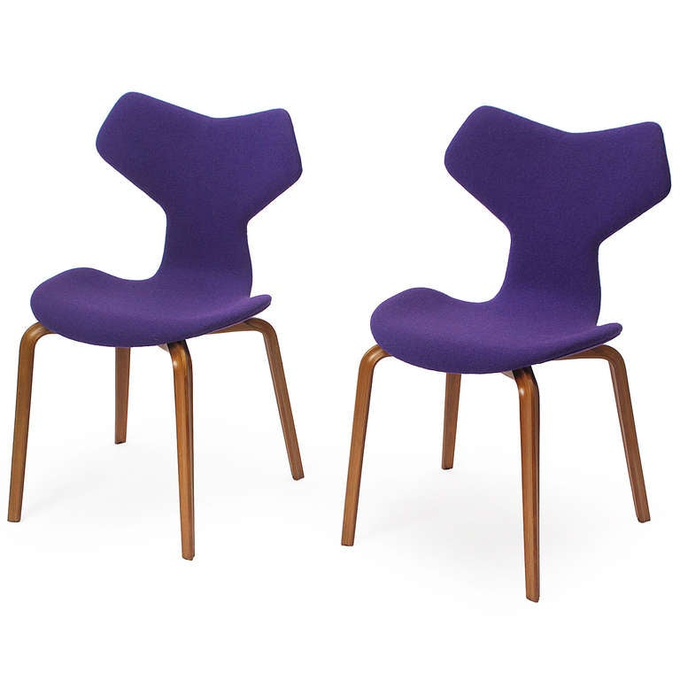 Grand prix chairs by arne jacobsen at 1stdibs - Chaise grand prix jacobsen ...