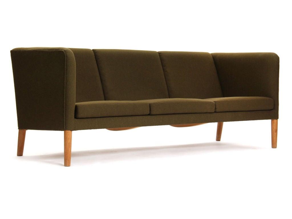 even arm sofa by hans wegner for sale at 1stdibs. Black Bedroom Furniture Sets. Home Design Ideas