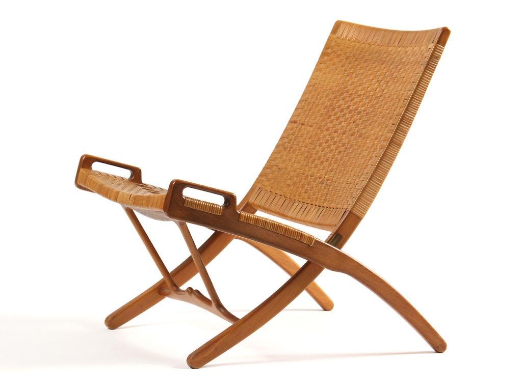 Folding chair by hans wegner for sale at 1stdibs for Hans wegner queen chair
