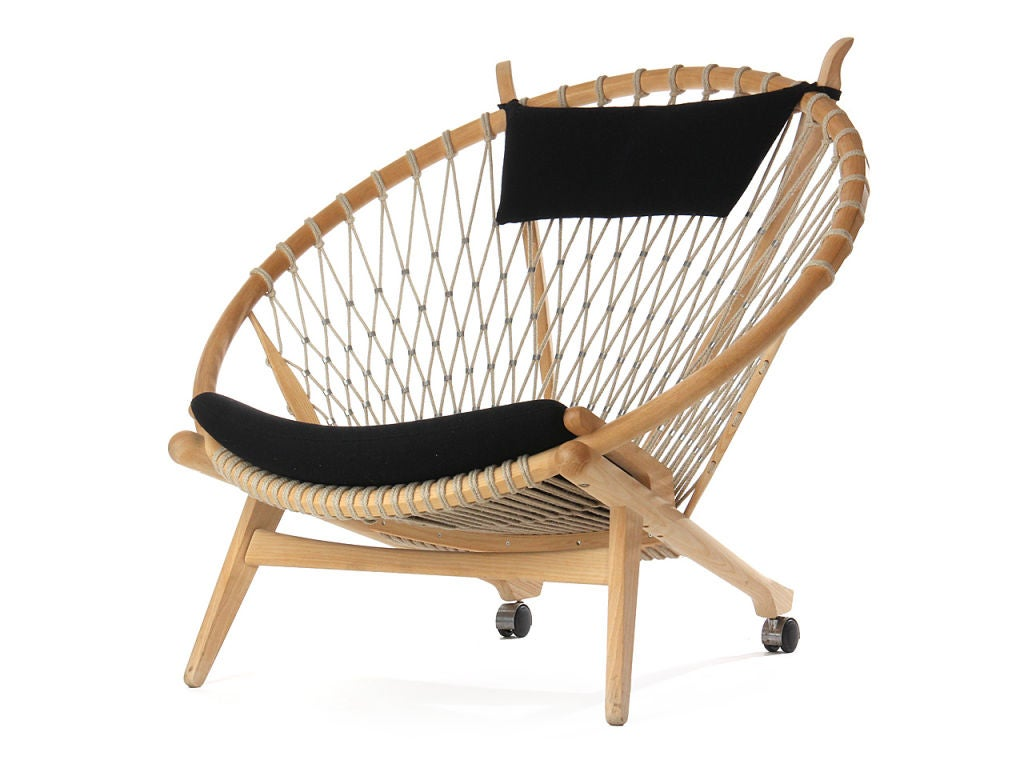 20th Century the Circle Chair by Hans Wegner