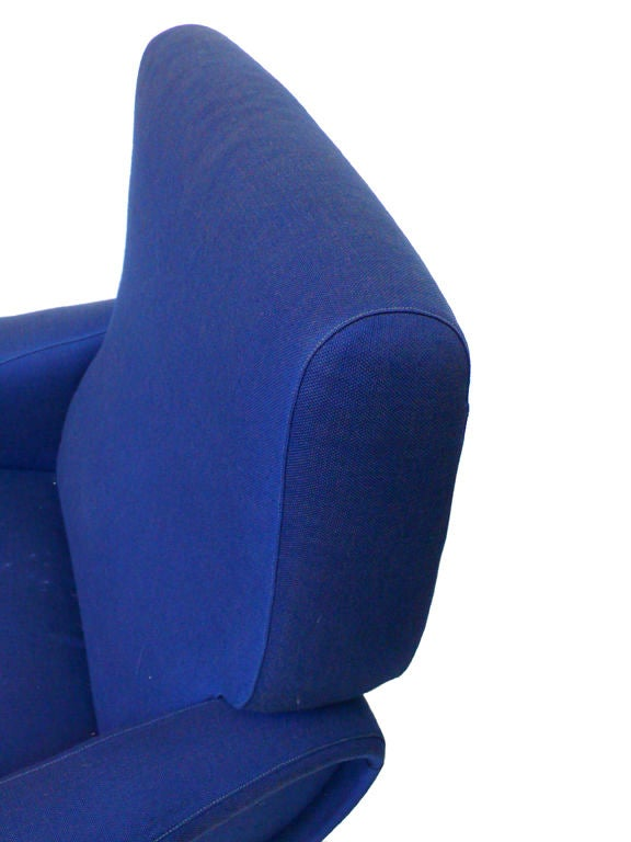 Pair of Blue Lady Chairs by Marco Zanuso image 8