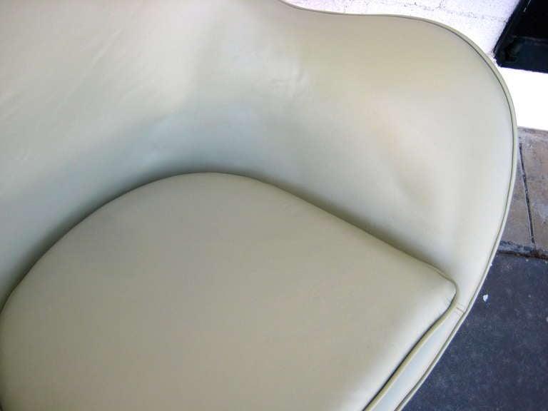 Vintage 1960's  Arne Jacobsen Egg Chair  image 8