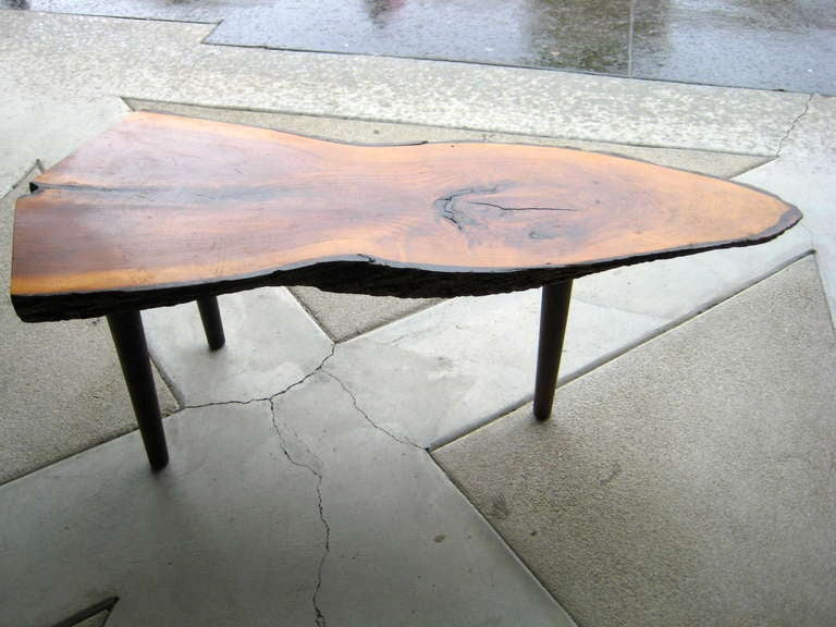 A Shapley Three Legged Redwood Specimen Coffee Table At 1stdibs