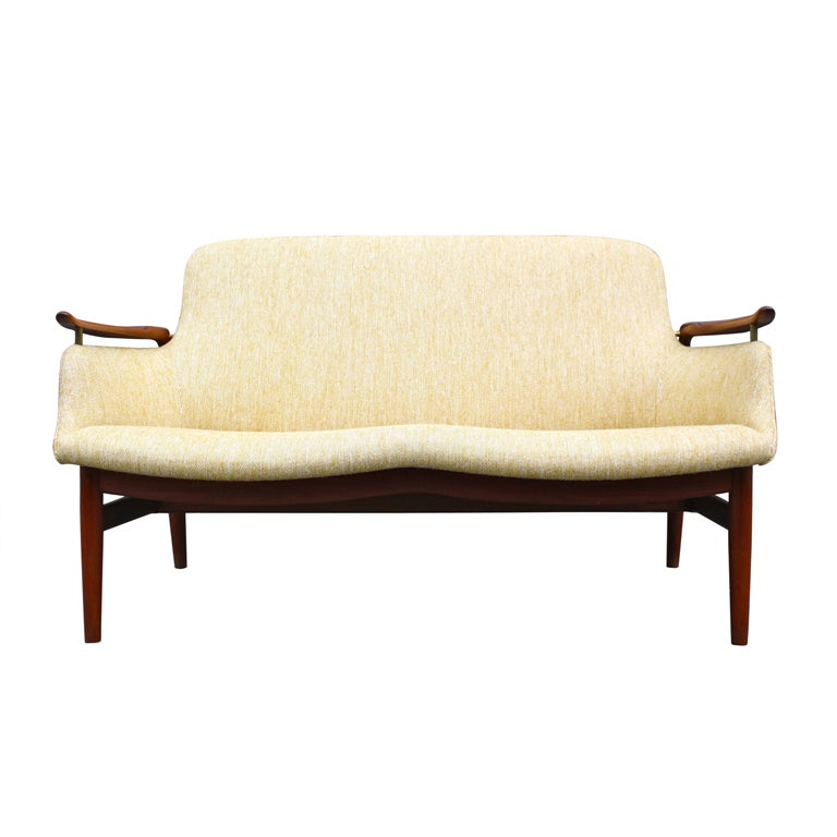 finn juhl nv53 sofa at 1stdibs. Black Bedroom Furniture Sets. Home Design Ideas