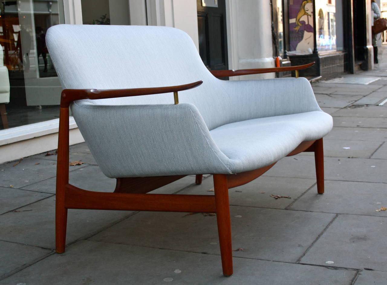 Finn Juhl NV53 Sofa For Sale 1