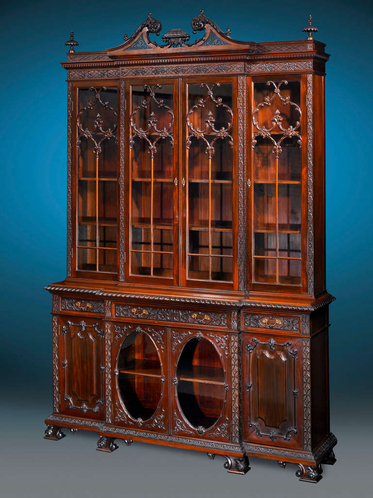 Mahogany Chippendale Style Breakfront For Sale At 1stdibs