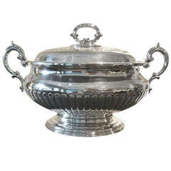 Large English Victorian-Era Silverplate Tureen