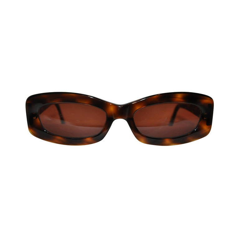 Chanel Bevel-Quilted Tortoise Shell with Gold Hardware Sunglasses For Sale