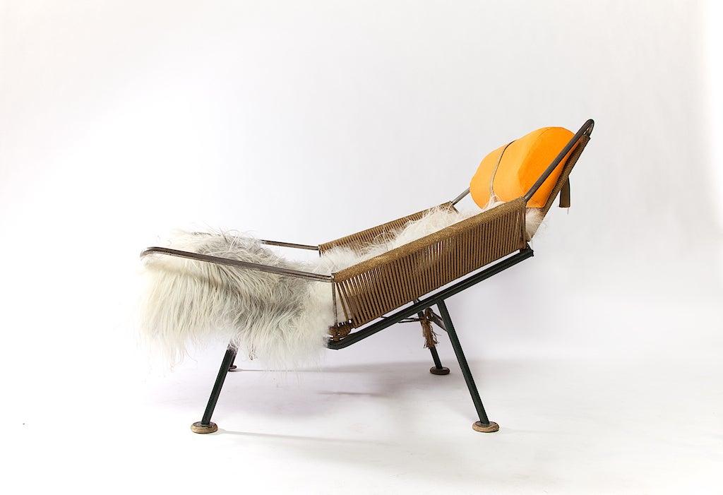Charmant Mid Century Modern Flag Halyard Chair By Hans Wegner, Circa 1952 For Sale