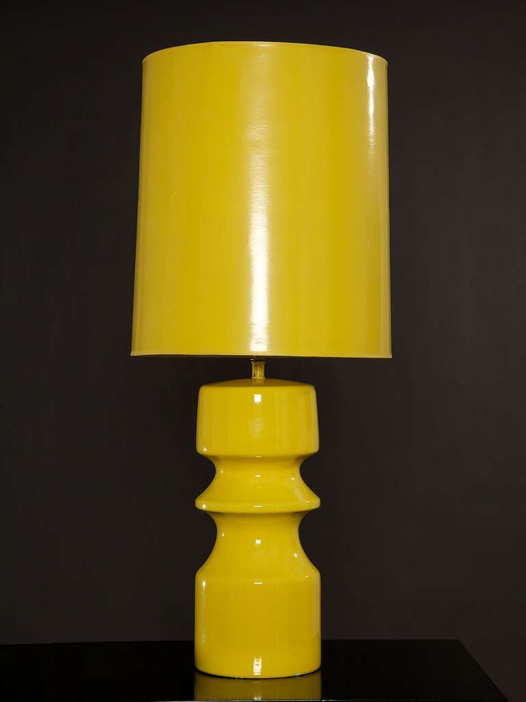 1970 39 S Italian Pop Yellow Lamp With Original Shade At 1stdibs