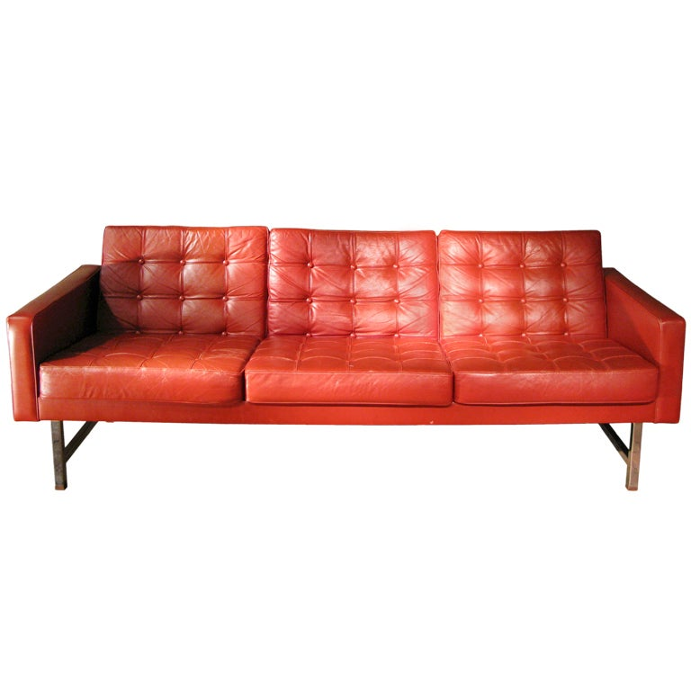 Very Comfortable And Stylish 1970s Leather Sofa At 1stdibs