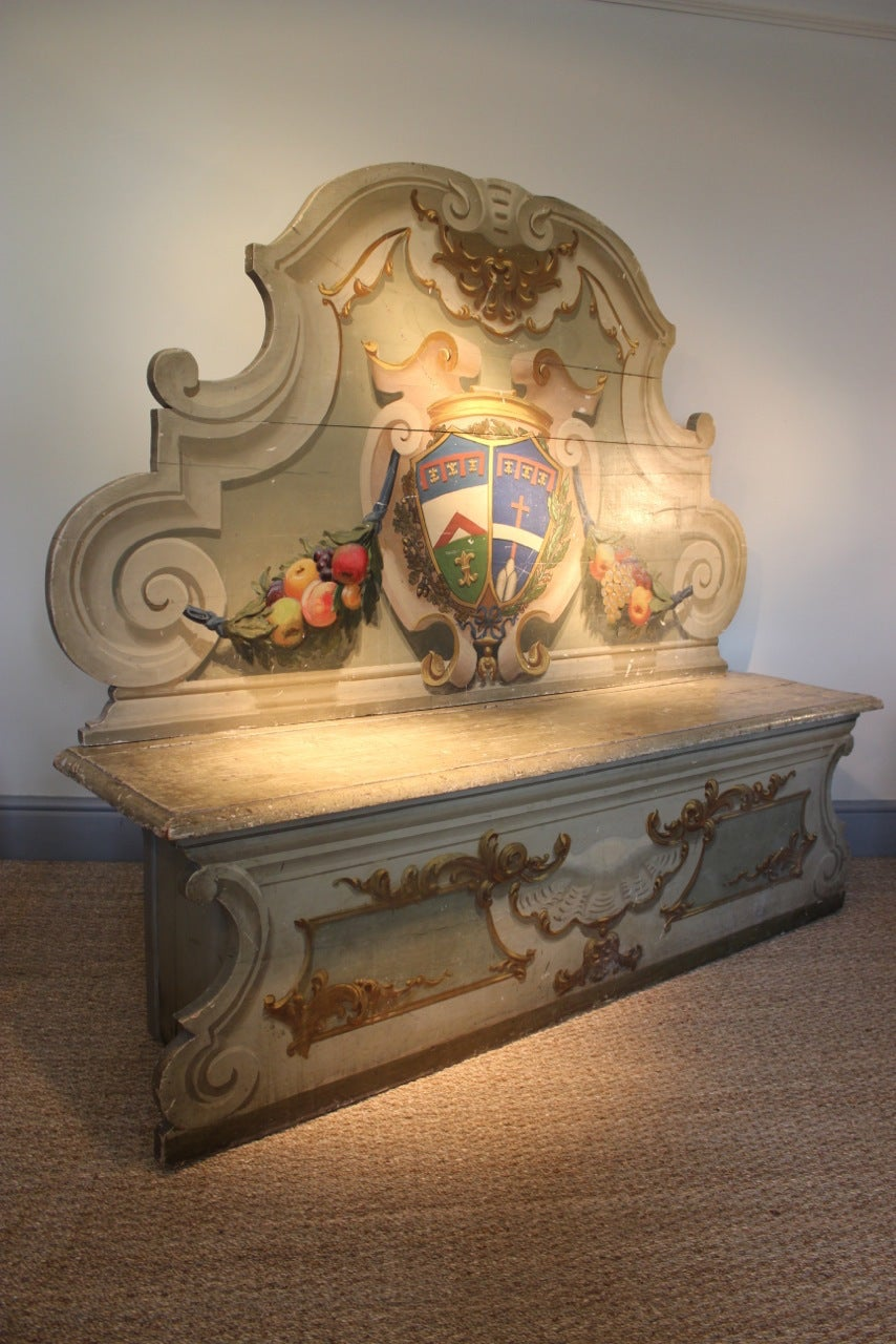19th Century Painted Italian Hall Bench In Good Condition For Sale In Gloucestershire, GB