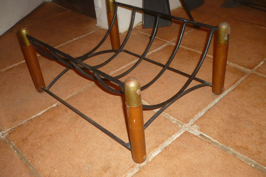 Beautiful 1950s Log Holder in Wood, Iron and Brass In Good Condition In Paris, ile de france